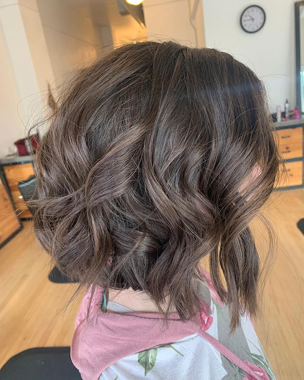 Pictures Of Wavy Bob Haircuts
