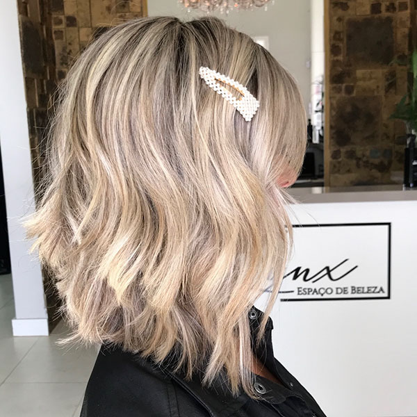 Pictures Of Medium Layered Bob Hairstyles